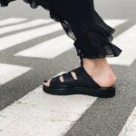 Black-leather-woman-sandals-Plutanka-Motanka-5